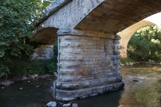 Straßenbrücke Roquefavour