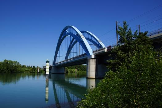 Viaduc de Vénéjan-Mornas