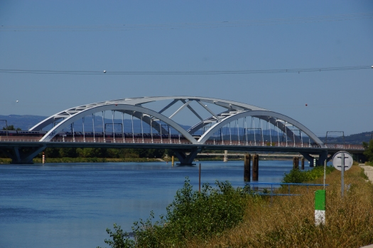 Garde-Adhémar-Viadukt