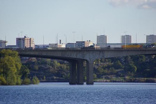 Pont d'Essinge