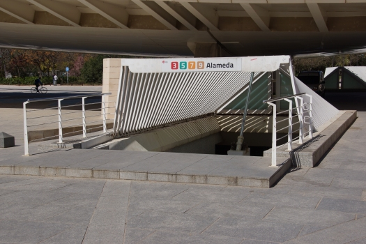 Metrobahnhof Alameda