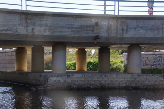 Eisenbahnbrücke über das alte Turiaflußbett