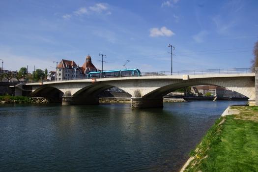 Pont de Canot