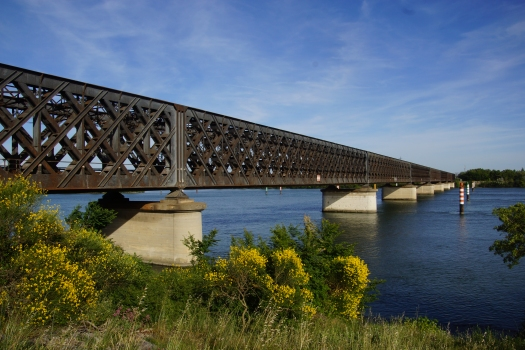 Avignon Rail Bridge