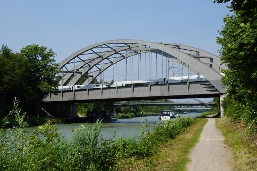 Misburg-Anderten Bridge