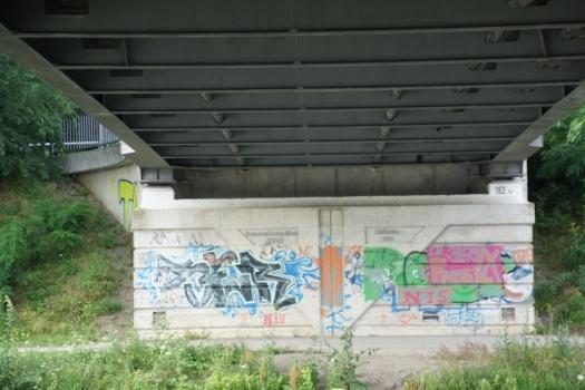 Pont de la Tannenbergallee