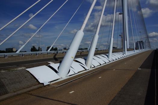Pont Prince Claus