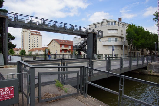 Bazin Bridge