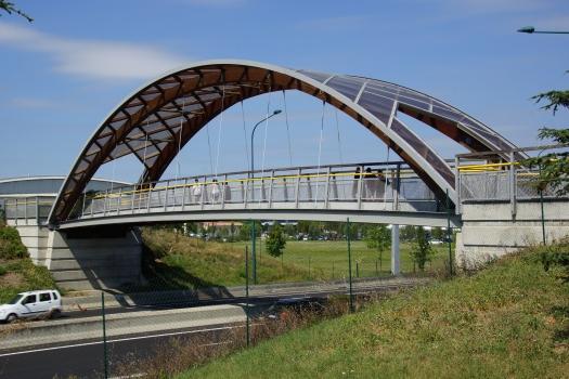 Pinot Footbridge