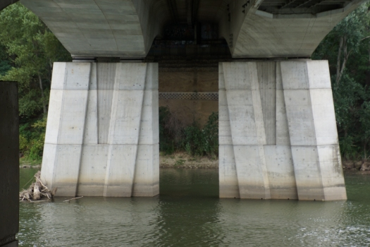 Pont de l'A621 sur la Garonne