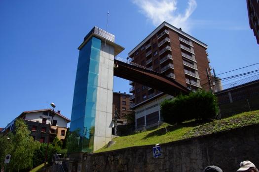 Ascenseur et passerelle d'Olaizaga