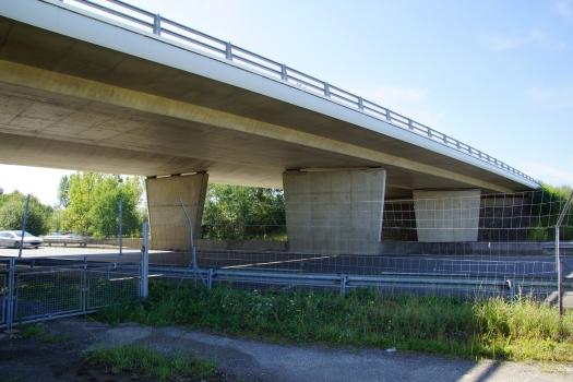 Passage supérieur sur l'A64