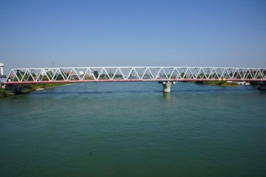 Neue Eisenbahnbrücke Straßburg-Kehl