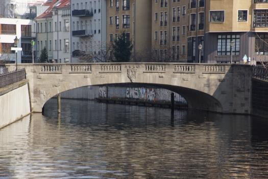 Grünstraßenbrücke