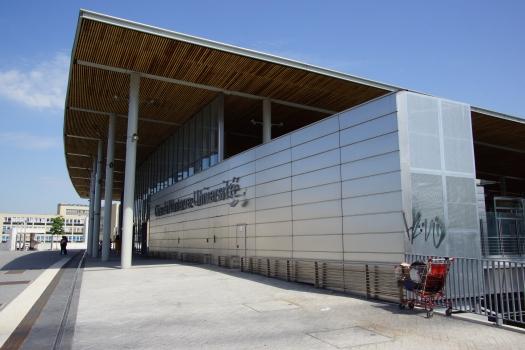 Nanterre - Université Station
