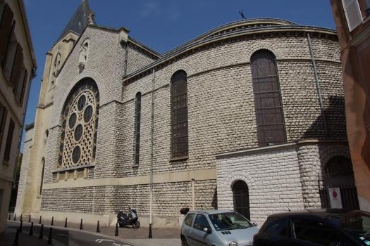 Cathédrale Sainte-Geneviève-et-Saint-Maurice