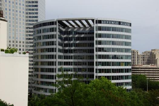 Défense Plaza