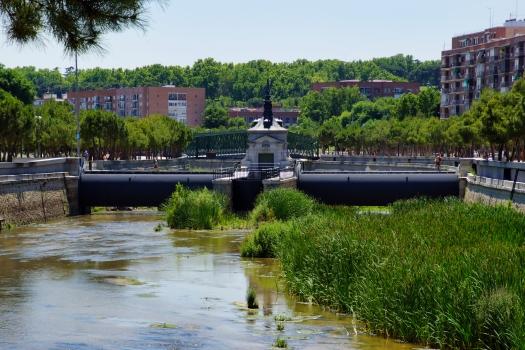 Barrage no. 6 sur le Manzanares