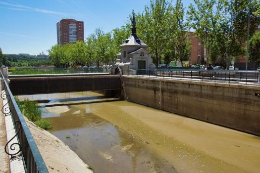 Barrage no. 4 sur le Manzanares
