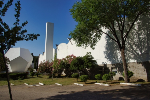 Instituto Técnico de la Construcción Eduardo Torroja - Experimentierhalle