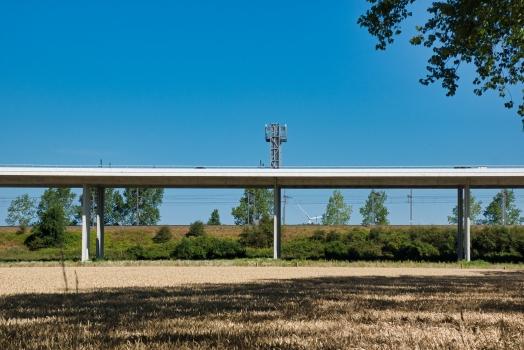 Autobahnhochbrücke K032 (A11)