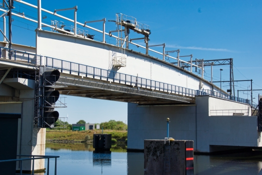 Boudewijnkanaal Rail Bridge