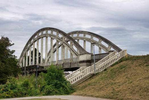 Noyon Station Bridge