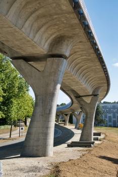 Viaduc de la ligne B du métro de Rennes