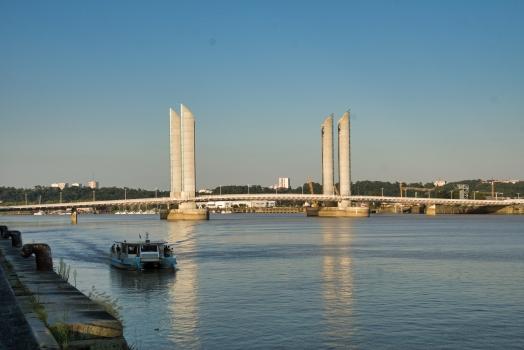 Pont Jacques-Chaban-Delmas