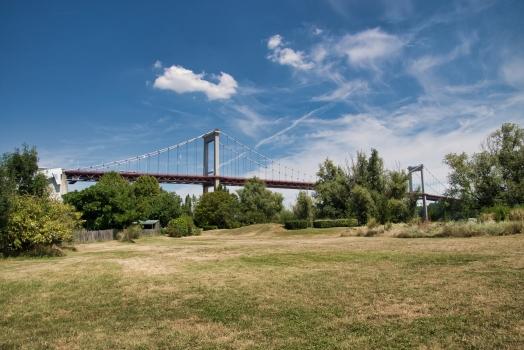 Pont d'Aquitaine