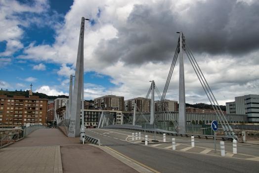 Frank-Gehry-Brücke
