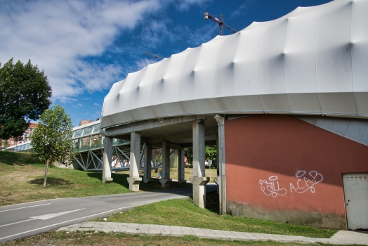 Zugangsbauwerk zur Metrostation Astrabudua
