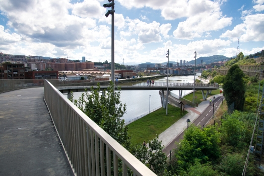 Geh- und Radwegbrücke Zorrotza