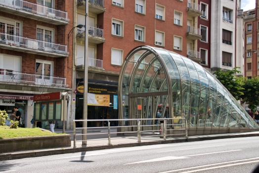 Metrobahnhof San Mamés