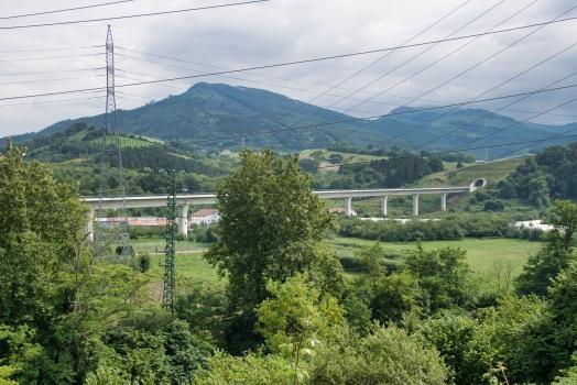 Talbrücke über den Rio Urumea