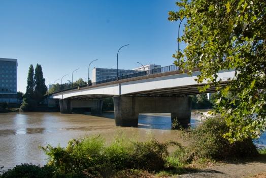 Aristide Briand Bridge
