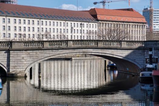 Inselbrücke