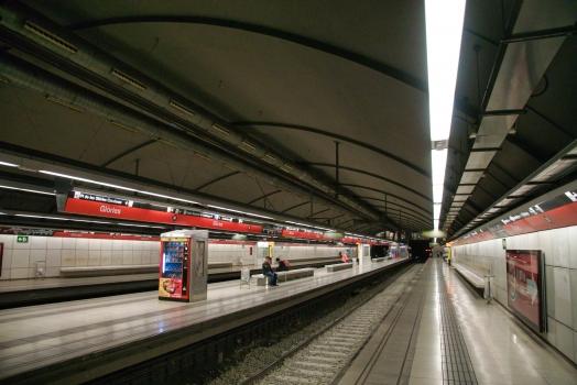 Glòries Metro Station