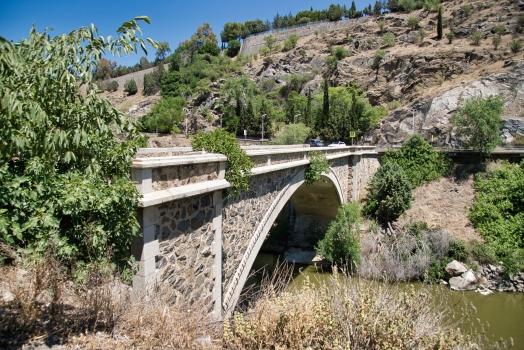 Neue Alcántara-Brücke