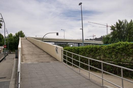 Geh- und Radwegbrücke über die Avenida del Manzanares