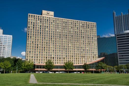 Pittsburgh Hilton & Towers