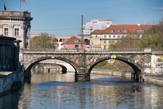 Railroad Bridge across the Spree (Bodemuseum)