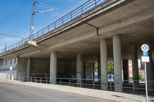 Eisenbahnüberführung Margarete-Steffin-Straße