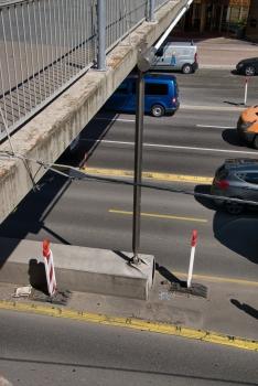Passerelle sur la Rue Willy Brandt
