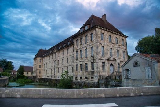 Lycée Charles-Nodier - Bâtiment Charité