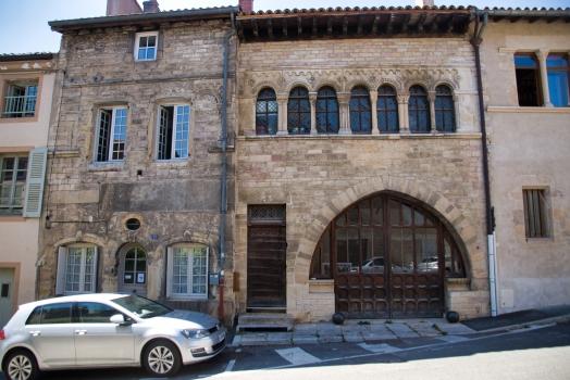 Maison romane (25 rue de la République)