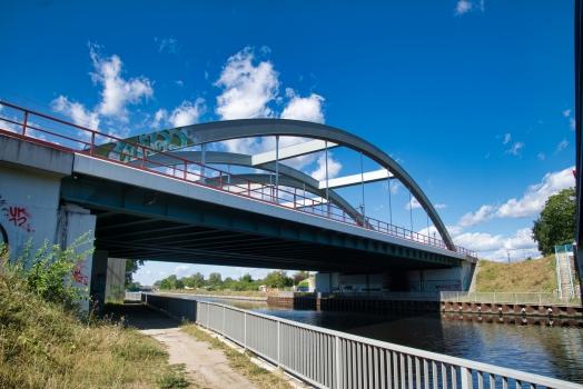 Ponts ferroviaires de banlieue sur le canal de Teltow (Ligne de Görlitz)