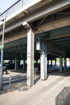 Eisenbahnbrücke am Bahnhof Jungfernheide