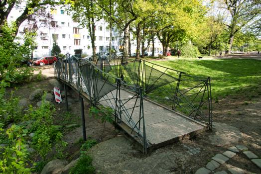 Gartenbrücke Wassertorplatz