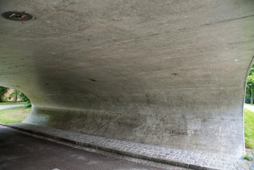 Passage inférieur sous le Schlosslände
